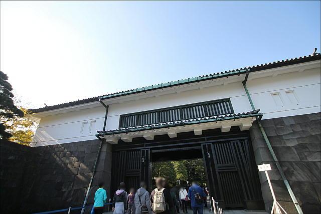 2017年皇居乾通り_02.JPG