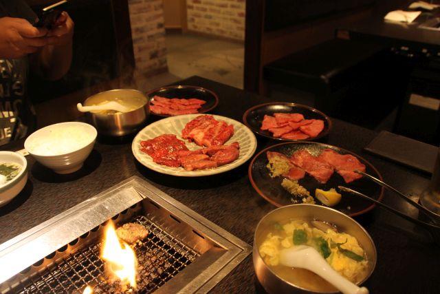 肉祭りとプロレス_06.JPG